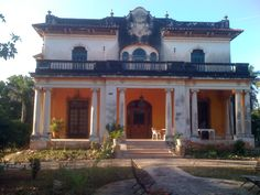 This is one of the haunted mansions in Merida, Mexico.  There are more huanted houses in Merida than in any other city in Mexico.