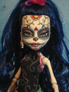 ~ Lolita ~ OOAK Monster High Skelita Repaint ~ Day of The Dead ~ by Bordello ~ monster high skelita, ooak monster