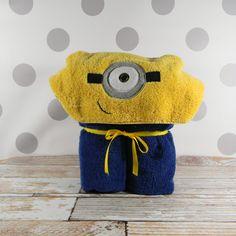 One-eyed minion hood