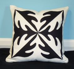 Phoomph_Applique_Pillow Make a bold statement with this oak leaf design