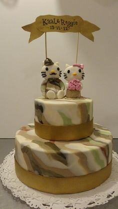 Hello Kitty Camo Wedding Cake by CAKE Amsterdam - Cakes by ZOBOT, via Flickr