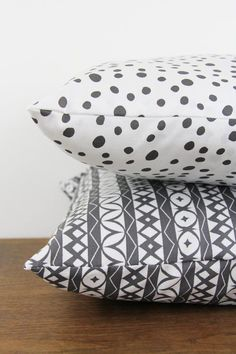 Dark Gray Painted Dots Pattern Pillow