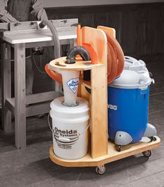 Shop vacuum station woodworking plan