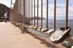 love locks on sea cliff bridge wollongong http://static.lifeislocal.com.au/multimedia/images/full/1864803.jpg