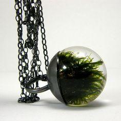 Moss Pendant.