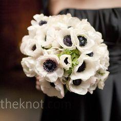 white flowers, bridesmaid flowers, black white, anemon, white bouquets, black bridesmaid dresses, white weddings, white wedding flowers, bridesmaid bouquets