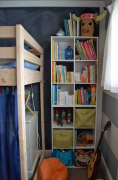 Shared kids room by Meg Padgett from Revamp Homegoods www.revamphomegoods.com bedroom kid, shared kids rooms, share kid, kid rooms
