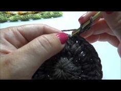 site com vários vídeos de flores de crochê barroco - Mega Girassol em Crochê