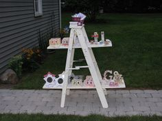 practice display for tomorrow's show by queenvanna creations, via Flickr