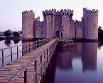 Castillo con defensa natural acuática.
