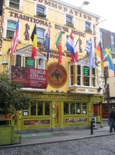 Let's go to a pub in Dublin, Ireland for some traditional Irish music.