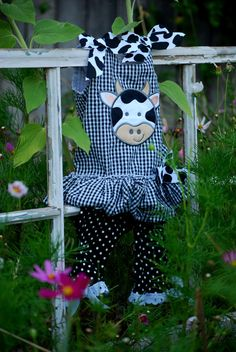Cow baby girl outfit size 06 months Mudpie brand by ginghamgiraffe, $19.00