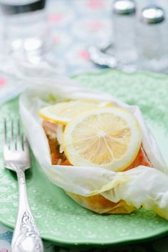 Salmon en papillote with julienne