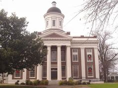 Madison County Courthouse in Canton, MS