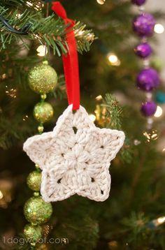 Crochet Star Ornament pattern.  www.1dogwoof.com