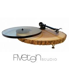 Audiowood, wood turn tables. #productdesign #industrialdesign #ID #design #turntable #recordplayer