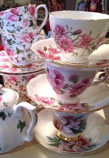 Bone China Teaware beauti china, tea parti, tea time, china teawar, saucer, bone china, tea cup, teacup, cup teapot