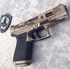 Stipled and camoed Glock //