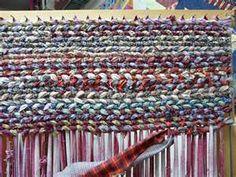 sewing, diy weave rug, loom weaving, rag rugs, idea, inspiration, crafti, old clothes, diy rugs
