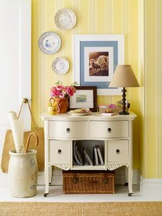 We love this colorful entryway. More inspiring entries: http://www.bhg.com/rooms/rooms/entryway/?socsrc=bhgpin052812