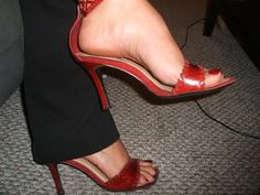 Linda's feet and shoes