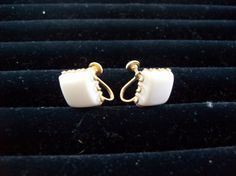 Vintage Earrings White plastic surrounded by by vintagecitypast, $10.00