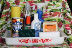 Cleaning Pyrex 101 by Jeni Baker: How to clean Pyrex dishes. Grab that Magic Eraser