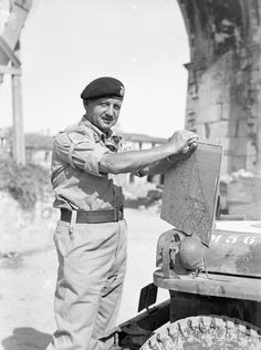 Lieutenant-General E.L.M Burns, near to Rimini, Italy, 23 September 1944. (Courtesy of Library and Archives Canada, PA-171701)
