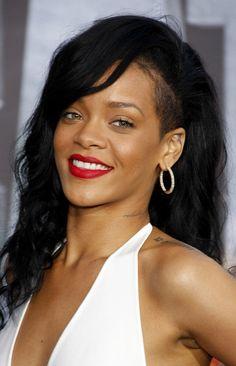 Rihanna Long Wavy Cut