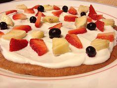 Healthy Breakfast Fruit Pizza!