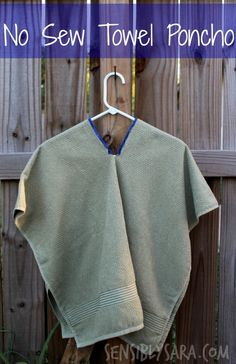 No Sew Towel Poncho - perfect for all those water and theme park visits this summer. No more wet, sandy towels.