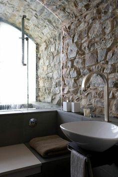 Nice use of stone. Bathroom.