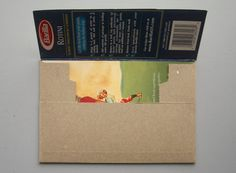 #tutorial #DIY how to make an #envelope/mailer out of an empty (cereal/pasta/cracker) box #crafts