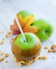 Perfect Caramel Apples | The Comfort of Cooking