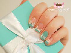 Cosmetic Cupcake: Tiffany & Co manicure - take 2