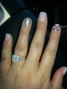 Design nails .... Crosses and glitter :-)
