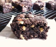 Plan to Eat - Chewy Paleo Brownies - Plan to Eat Blog {real food}