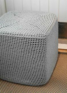 Cube crochet foot stool
