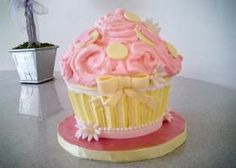 giant cupcakes, kid birthday