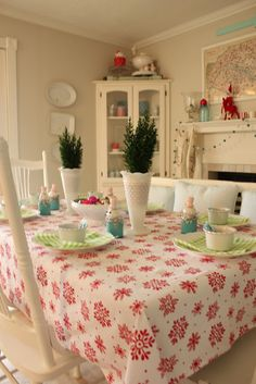 {the cottage nest}: Christmas Jubilee
