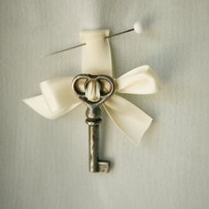 Key to My Heart boutonniere ~ sweet  idea