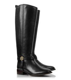 super classy boots in black