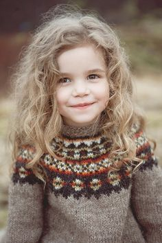 Cute child's version of Aftur.  Adult version also available #free #knitting #pattern. Knitting yarn from @Alafoss.is