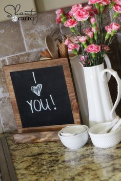 DIY Tutorial: Dual purpose iPad holder and chalkboard message center. Click through for the full tutorial! || @shanty2chic