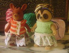 Free pattern  Ravelry: Thread Crochet Vest For Sylvanian Families / Maple Town Dolls pattern by Folk Island Dolls - Carolina Gonzalez