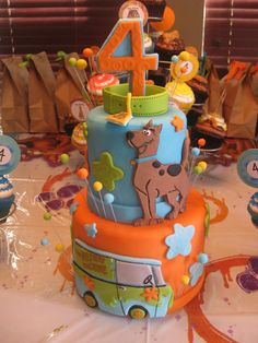 "Scooby Doo Cake Dummy - 4""/6"" dummy tiers made as a centerpiece for a Scooby Doo birthday party.  I made coordinating cupcakes for everyone to eat."