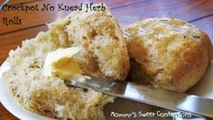 Crock Pot No Knead Herb Rolls