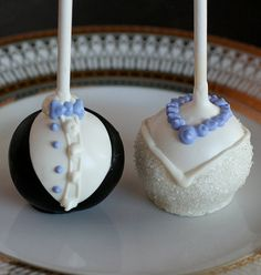 Fab Bride and Groom Cake Pops
