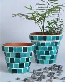 Venecita on pinterest mosaics mosaic tables and mosaic pots - Macetas fibrocemento ...