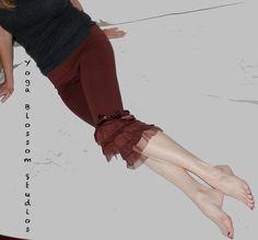 Ruffled yoga pants capri bottoms in raisin burgundy